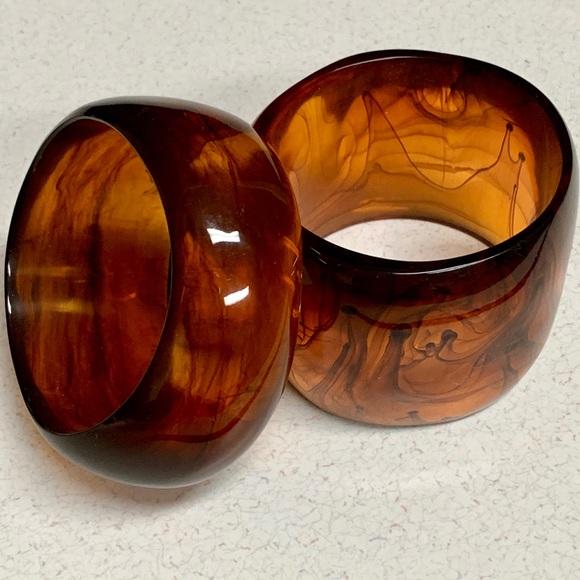 IMAN Jewelry - IMAN GLOBAL CHIC 2PC FAUX AMBER BANGLE SET NWOB